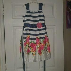 Other - Size 8 beautiful formal girl's dress, floral print